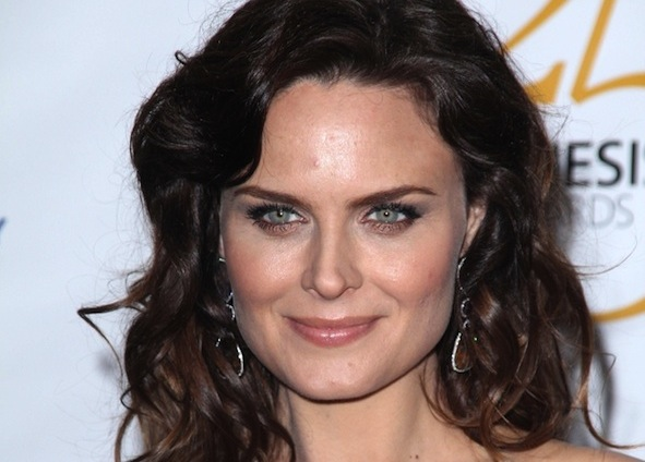 emily deschanel eco advice to go vegan