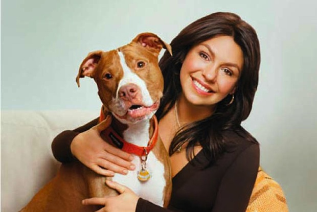 Rachael Ray makes homemade dinners for her pit bull Isaboo.