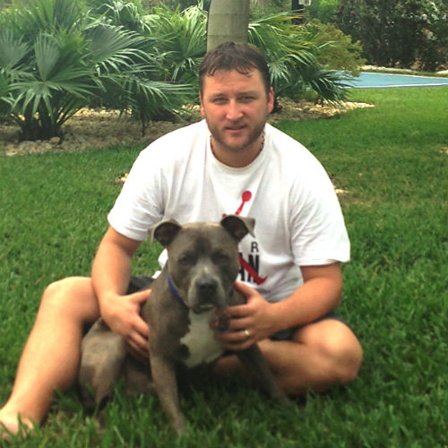 Mark Buehrle to play 2013 season away from family due to Ontario's pit bull ban