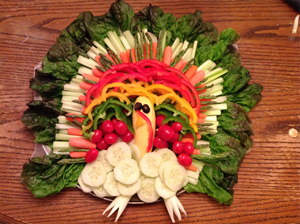 Party food can be extra fun with some simple designs such as creative vegetable trays! Enjoy these unique veggie tray platter designs for Halloween, Thanksgiving, Christmas and birthday parties.